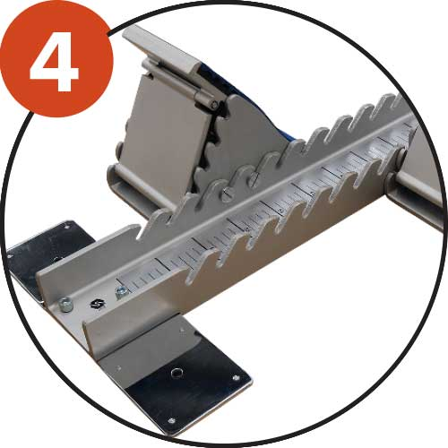 Central rail in thick aluminium, 18 adjustable positions